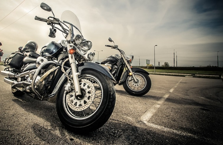 motorcycle-2197863_960_720