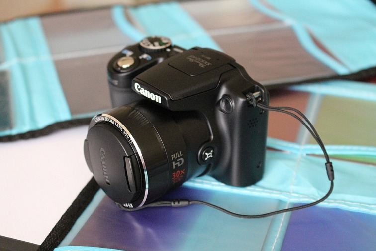 camera-635791_960_720.jpg